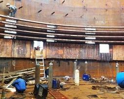 圆形镍铁电炉铜sunbet注册平台现场安装照片