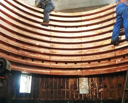 铅冶炼顶吹炉铜水套现场安装照片