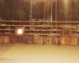 圆形镍铁电炉铜水套现场安装照片5